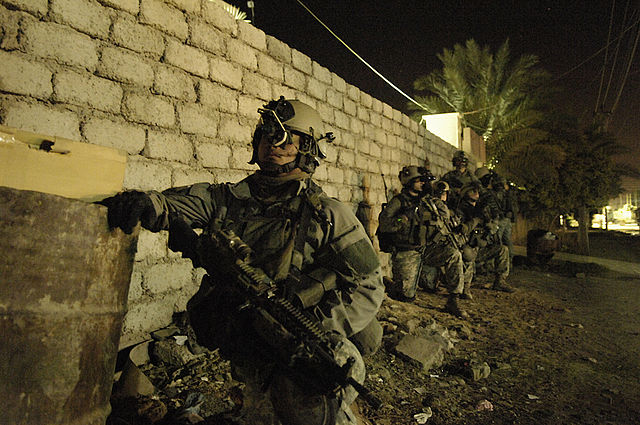 640px-75th_Ranger_Regiment_conducing_operations_in_Iraq,_26_April_2007